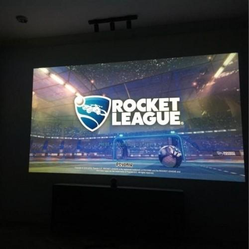 gaming setup with Smart Projector Paint Contrast.